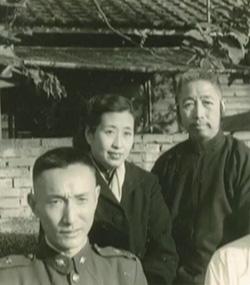 Dr._Tao_mit_Cheng_Man-Ching_und_Frau