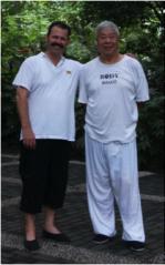 Meister Lui Ji Fa und Stepahan Kölzow.