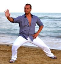 Tai Chi: Entspannte Körper-Haltung