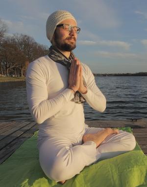"""Yoga: """"Lotussitz am See"""""""